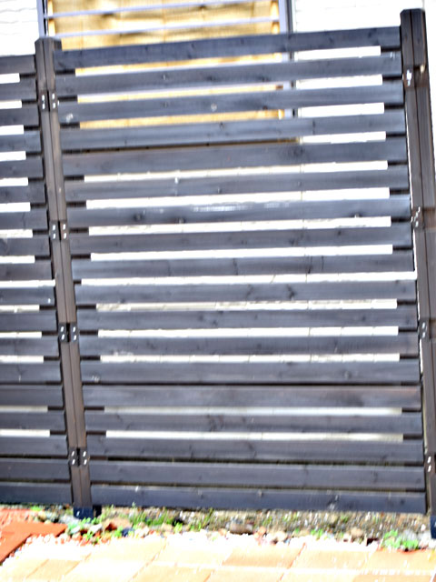 DIYで設置したフェンス